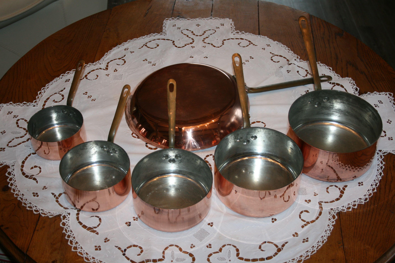 5 casseroles et poele cuivre etam. Black Bedroom Furniture Sets. Home Design Ideas